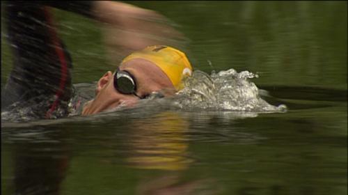 Triatleten trainen voor Challenge